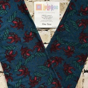 LuLaRoe Leggings OS Size 2-10 New In Package